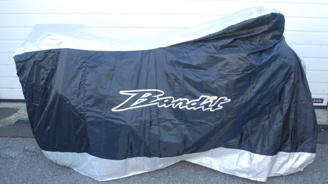 Aquatex Indoor or Outdoor Rain Cover with Bandit Logo
